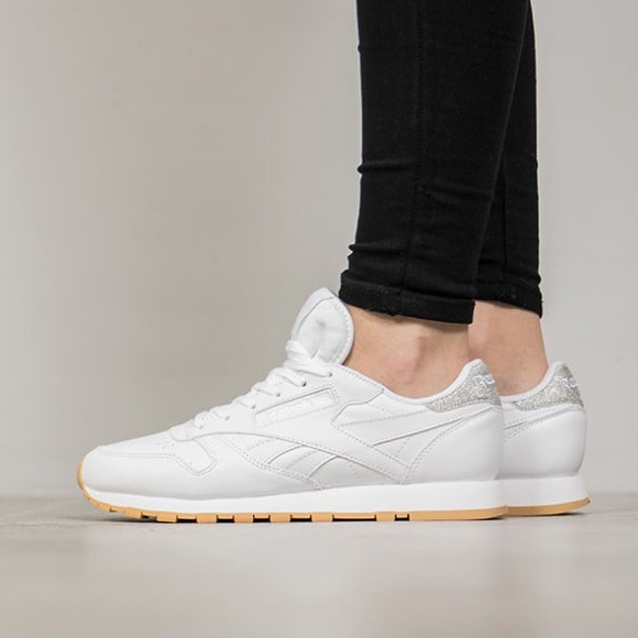 e877c90ff563a9 REEBOK CLASSIC LEATHER METALLIC DIAMOND WHITE GUM